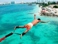 Salto en Riviera Maya