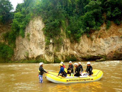 Rafting in Guanajuato with lodging.