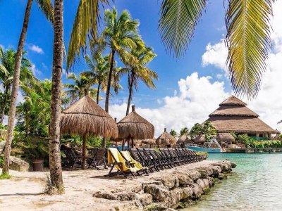 Xcaret Plus Cancún admisión con comida