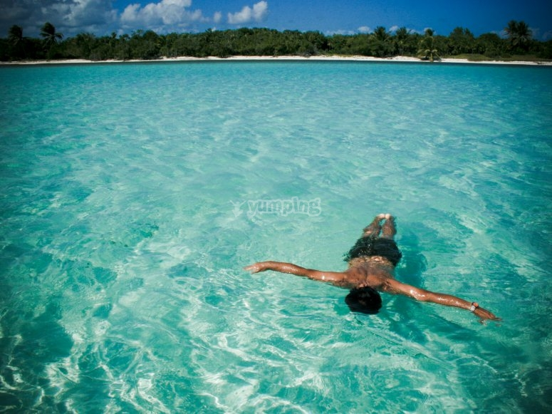 Refrescate  piscinas naturales