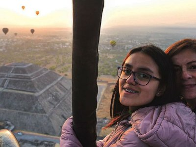1h private balloon ride in Teotihucan