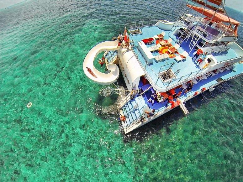 tobogan en el mar caribe