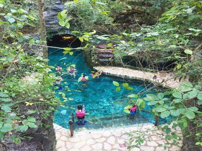 Kids admission to Xcaret+ swimming with sharks