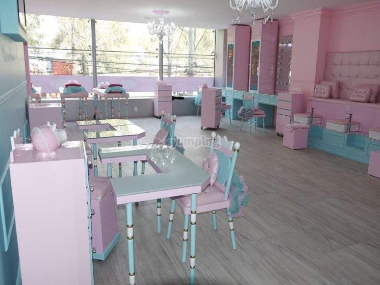 Children's salon for princesses