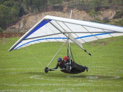 Cross country hang gliding class in Valle de Bravo