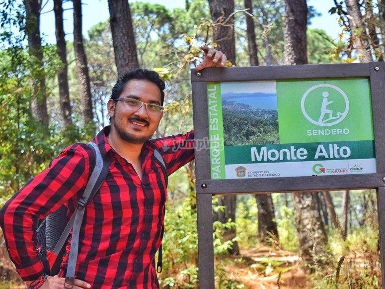 Trekking in Valle de Bravo