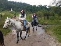 Cabalgata a la Stupa en Valle de Bravo