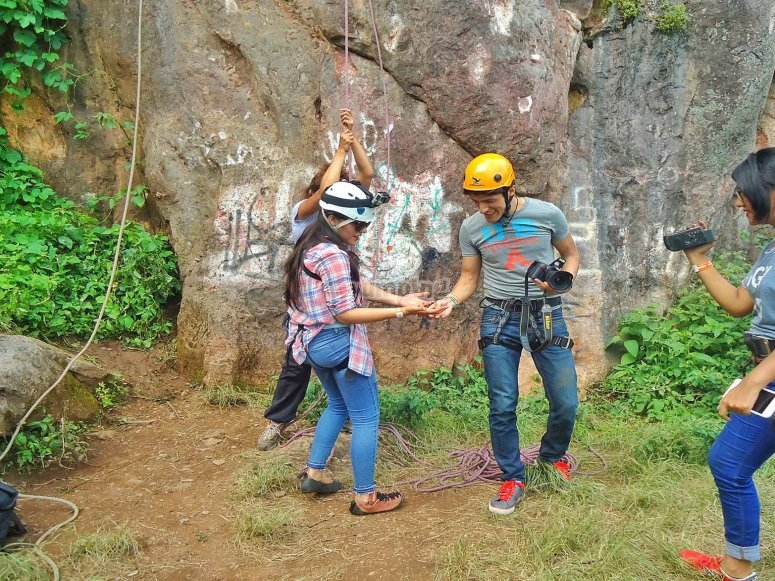 Starting the rappel
