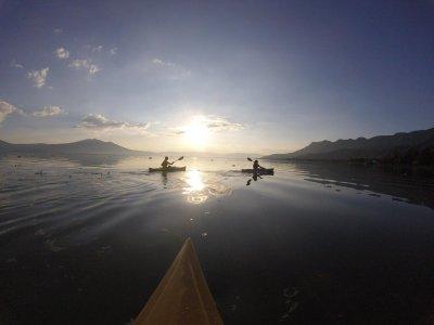 Tour en piragua en Lago de Chapala en Ajijic 2 h
