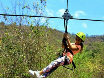 Vista Paraiso Tours and Activities Canopy