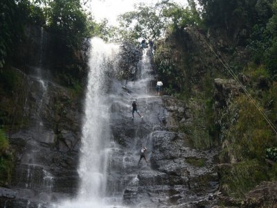 Canyoning in Paso Tlahuica, Morelos