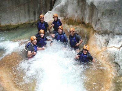 Canyoning in Hidrofobia, 9 hours.