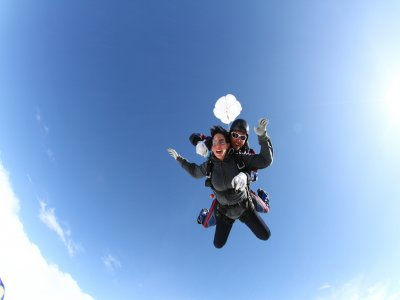 Skydiving jump in Ensenada with video