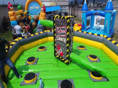 Up and down inflatable structure for rent