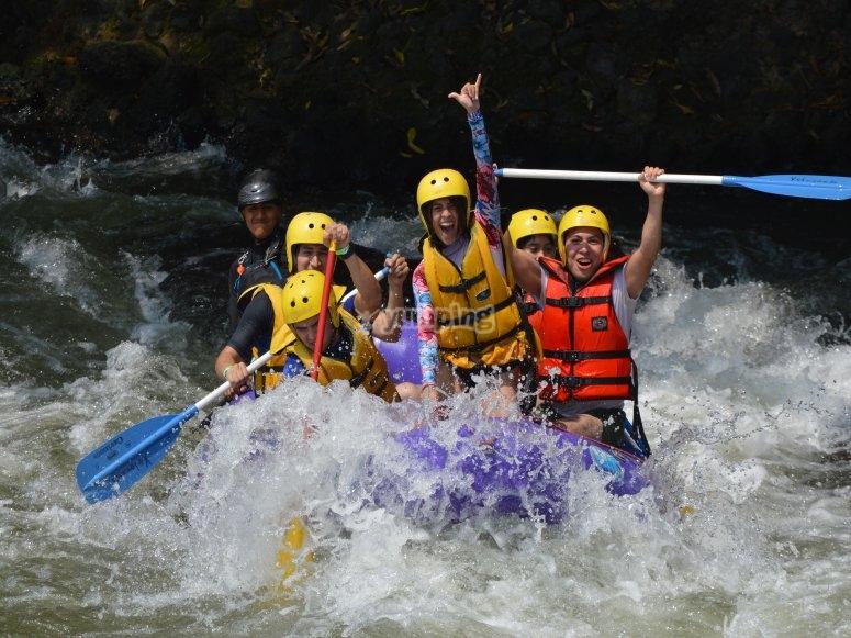 Ganale a las corrientes del rio