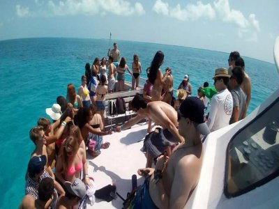 Catamaran trip to Isla Mujeres all included