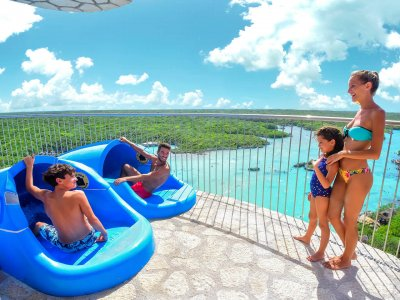 Entrance to Xel-ha all inclusive and photo pass for children
