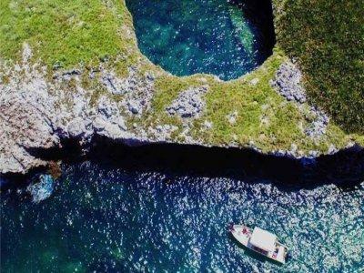 Boat trip, all included. Islas Marietas.