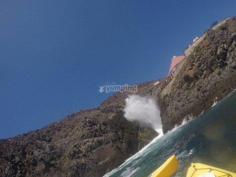 Kayak en la Bufadora.jpg