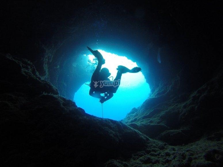 Aventura en la caverna