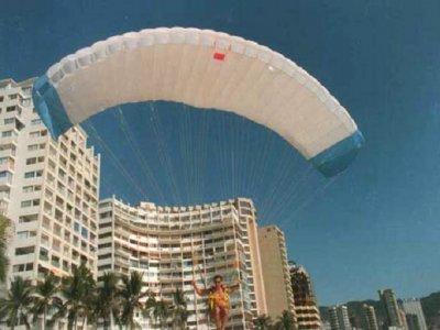 Icarus Acapulco Paramotor