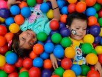 Alberca de pelotas para niños