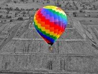 Vuelo compartido en globo en Teotihuacán y buffet