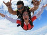 Salto en paracaídas en Chapala a 3000 metros