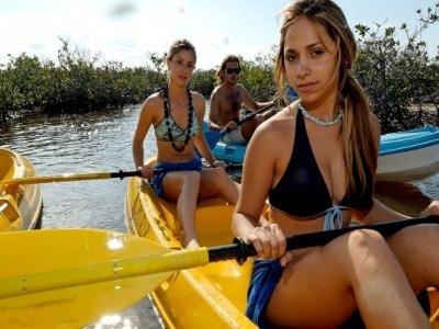 Isla Pasión Kayaks