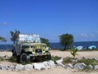 Jeeps y playa