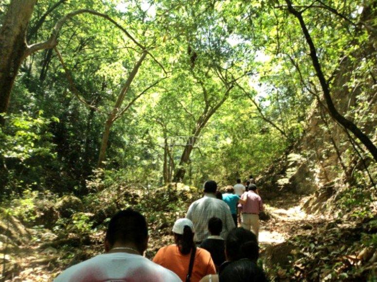 Walk to Puente de Dios