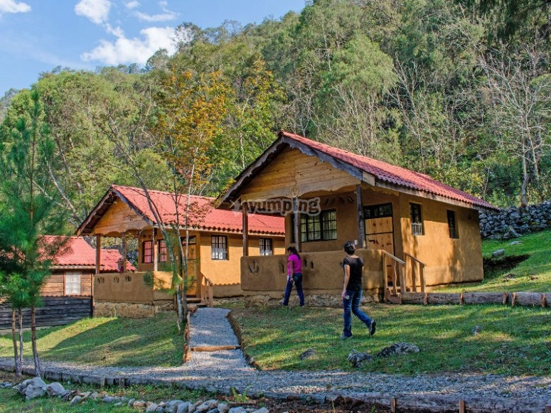 Lodging in cabins