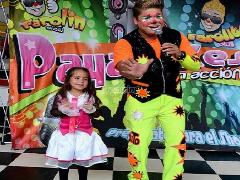 Clowns show