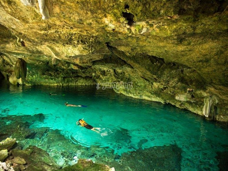 snorkel en los cenotes