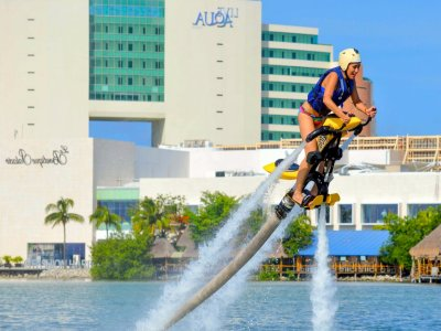 Jetovator tandem flight in Cancún for 15 minutes