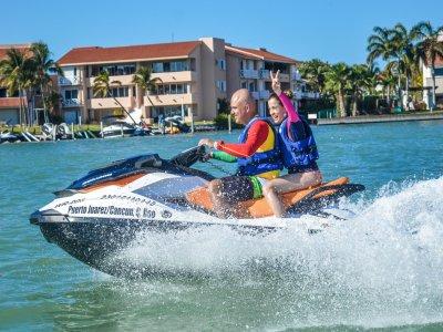 Renta moto de agua biplaza 30 min en Cancún