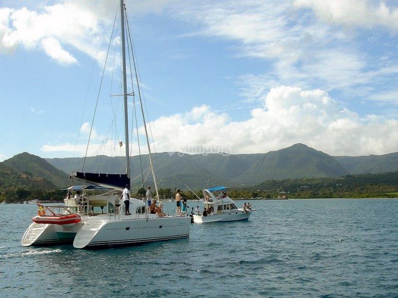 disfruta de la embarcacion