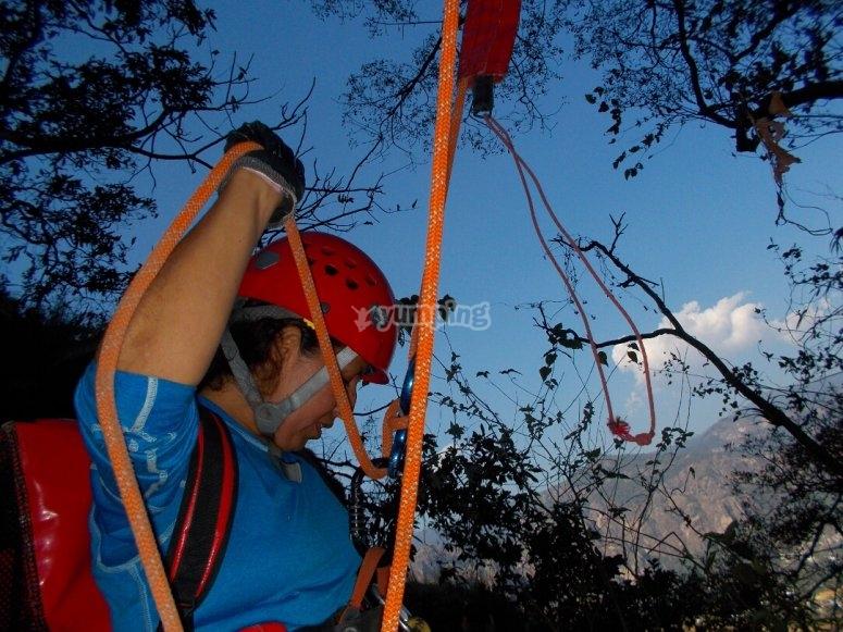 Colocando la cuerda