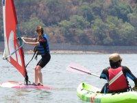 Paddling on the lake of Valle de Bravo