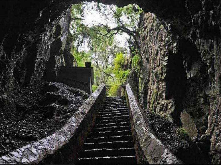 saliendo de las grutas