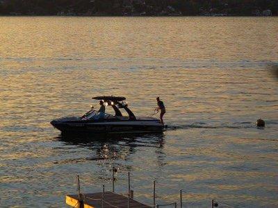 Boat rental, 30 minutes