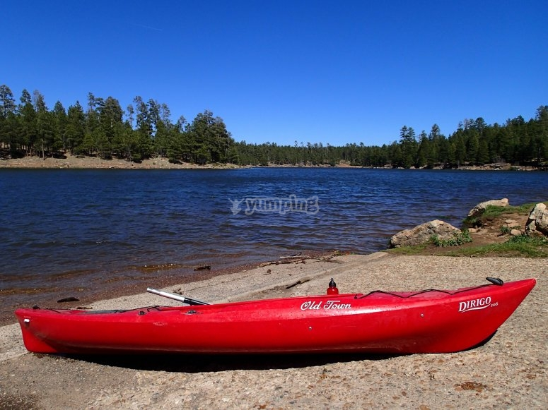 kayak en la costa