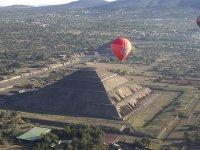 Teotihuacan in a balloon