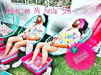 Lomas de la Herradura spa party