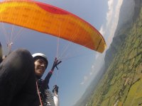 Flying in paragliding