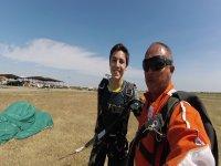 Disfruta del salto en paracaídas