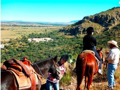 Paseo a caballo en Tarandacuao 5.5 horas