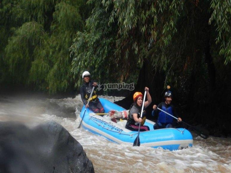 Descending on the rafts