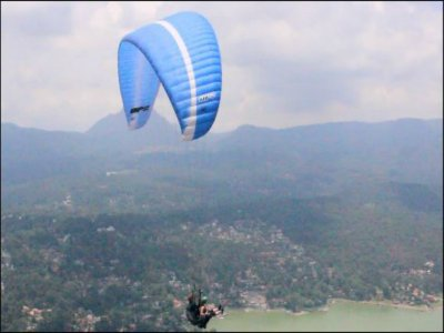 Paragliding in Valle de Bravo for couples