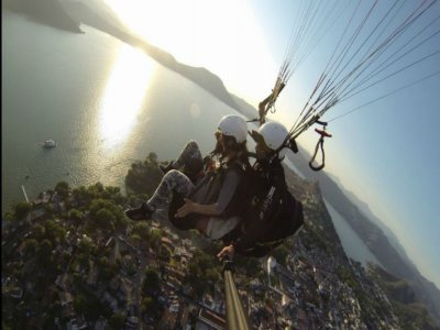 Paragliding flight + speedboat ride + meal